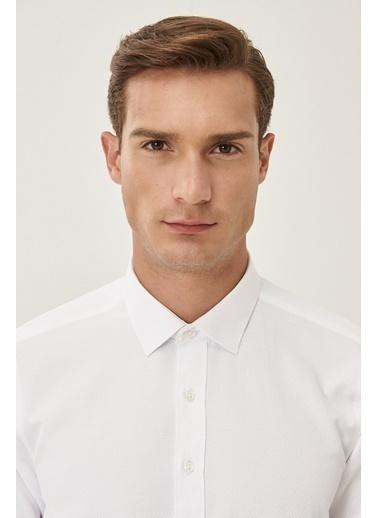 Altınyıldız Classics Tailored Slim Fit Dar Kesim Klasik Gömlek Yaka Armürlü Gömlek 4A2021200040 Beyaz